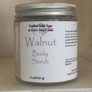 Exfoliating Clay & Walnut Shell Body Scrub