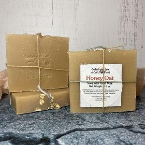 Honey Oat Scented Soap with Goat Milk